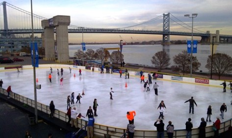 Ice-Skating-in-Philadelphia-at-Blue-Cross-River-Rink-at-Penns-Landing-upper-3