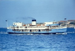 MV Baragoola chugging its way to Manly in the 1980s
