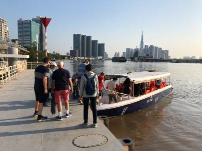 Speedboat to Cu Chi