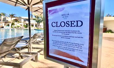 Pool Bar Closed